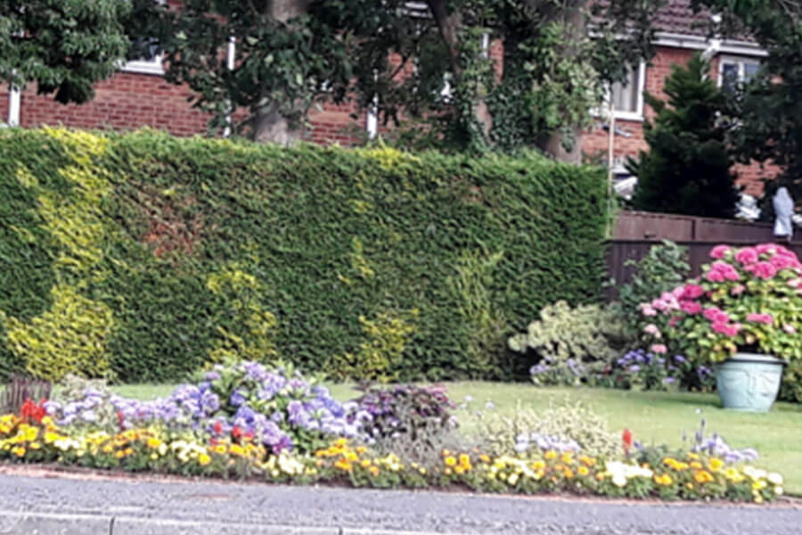 Easingwold-Town-Council-Best-Garden-Commended-Hunters